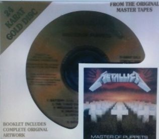 kickass_metal_metallica_masterofpuppets_2001golddisc_2001