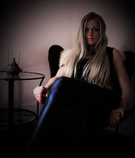 annette the sabbathian the metal queen one her throne kam febuary 20th 2017 photo liv kristine espenaes in germany