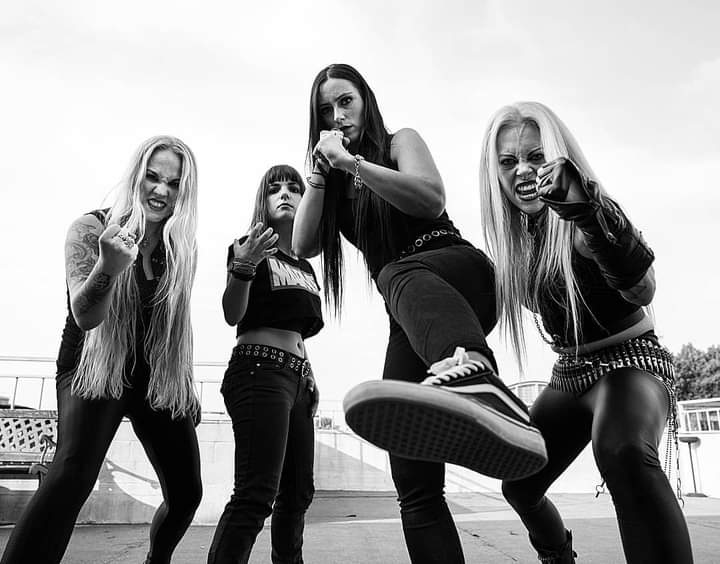 nervosa-iconic-photo-of-the-metal-legends